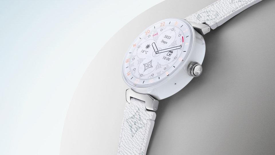 ساعة لويس فيتون الذكية بتقنيات مميزة لهذا العام